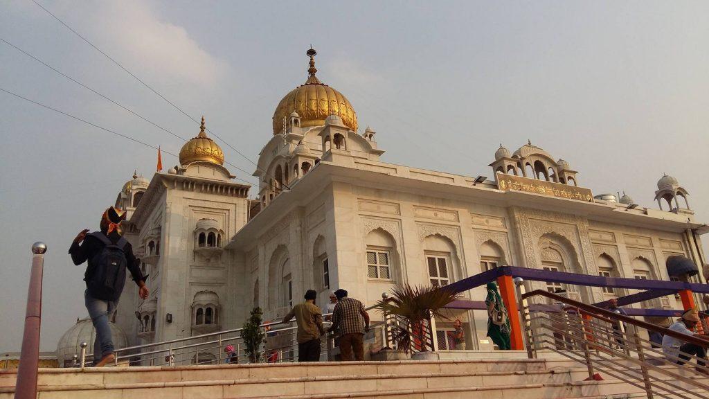 El Gurudwara Bangla Sahib, el principal templo sikh the Delhi.