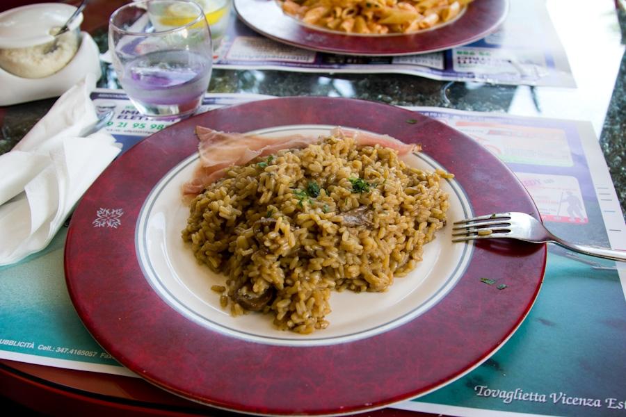 No lo hice yo, pero fue lo primero que me comí nada más llegar a Bassano del Grappa.